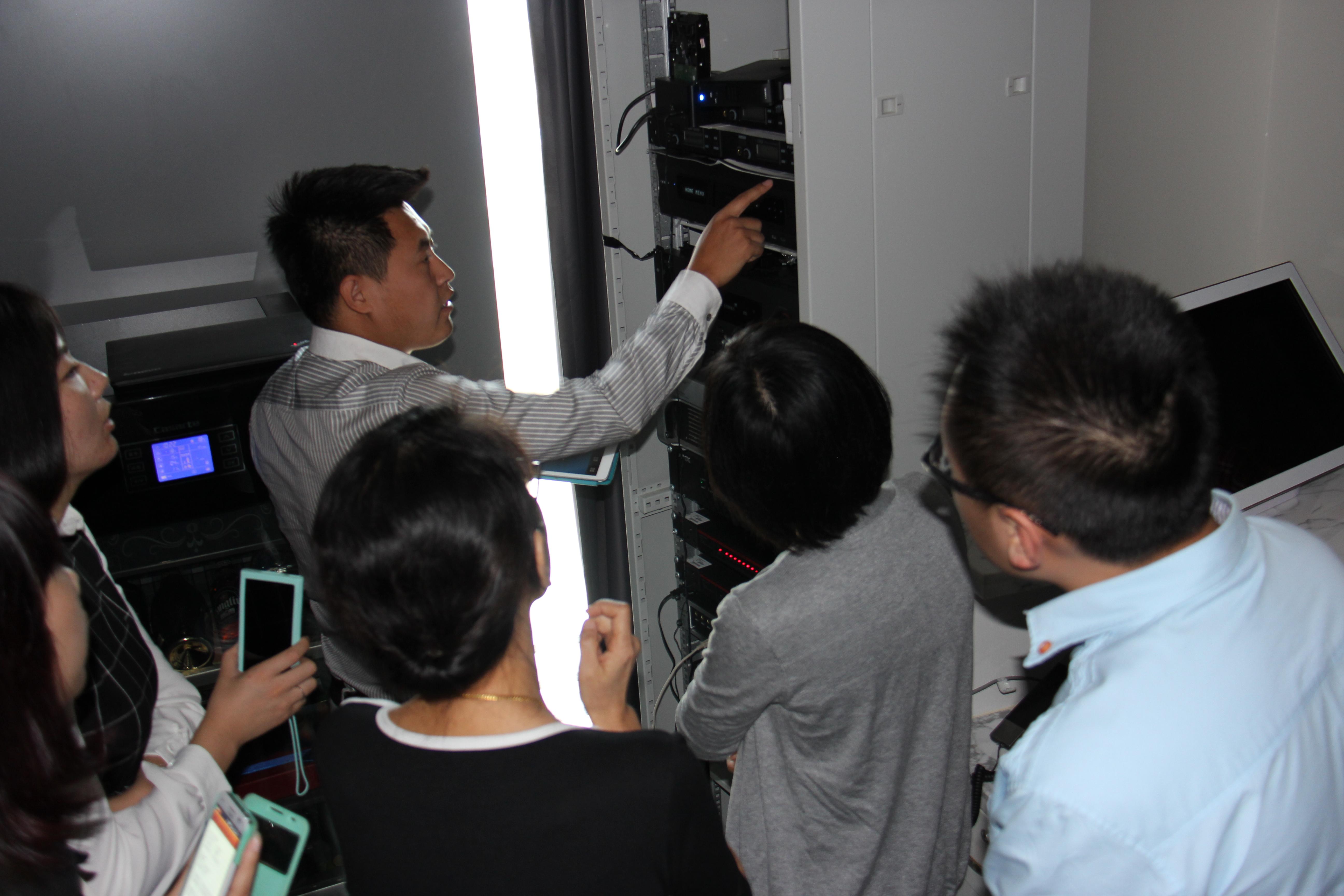 视听空间系统组成及使用培训